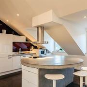 阁楼时尚厨房设计