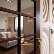 田园卧室玻璃门设计