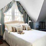 阁楼卧室窗帘展示