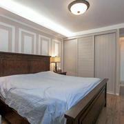 家庭卧室实木床欣赏
