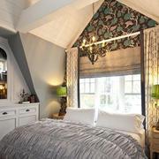 阁楼朴素舒适卧室