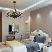 现代小户型简欧风格卧室装修效果图实例