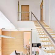 复式楼简约小楼梯展示