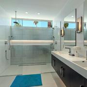别墅卫生间简约设计