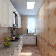 实用狭窄厨房展示