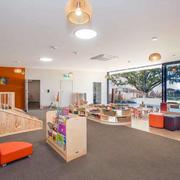幼儿园现代简约教室图片