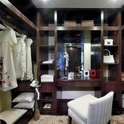 唯美的衣柜设计