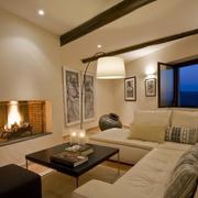 暖色调舒适客厅欣赏