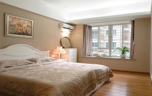 暖色调卧室现代设计