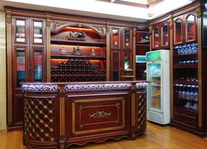 2016精致的大户型欧式酒柜装修效果图实例