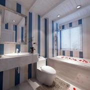卫生间条纹瓷砖墙面