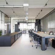 室内大型办公桌欣赏