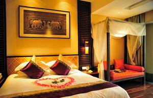 三居室东南亚风情婚房卧室装修效果图