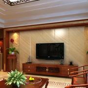 温馨黄色大理石电视墙