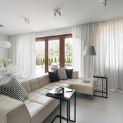 新房舒适皮质沙发欣赏