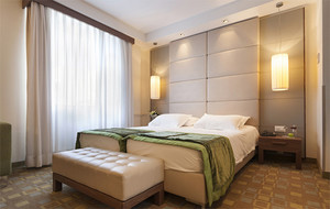 2016精致的现代小宾馆卧室吊顶装修效果图