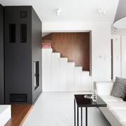新房客厅白色置物柜欣赏
