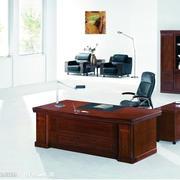 时尚的办公桌设计