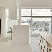 明亮现代两室一厅