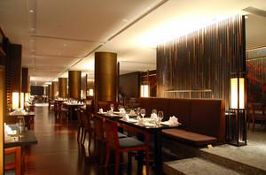 高端大户型精致西餐厅装修设计效果图