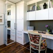 现代大户型精致的书房书柜装修效果图