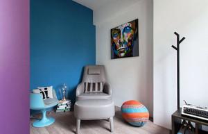 用色大胆 现代两居室小户型装修实例