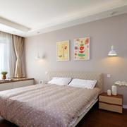 浅色调小户型卧室