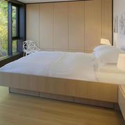 别墅浅色舒适卧室图片