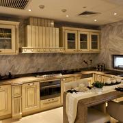 新古典别墅大型厨房装修设计效果图
