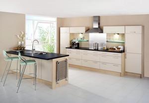 单身男女公寓浅色调厨房装修效果图