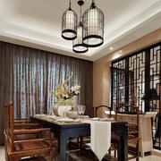 中式餐厅镂空隔断展示