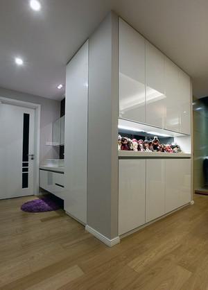 单身公寓地中海风格室内鞋柜装修效果图