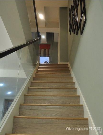 精美的现代大户型地中海风格楼梯装修效果图