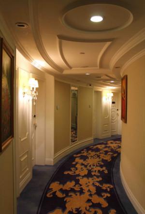 精美的现代单身公寓地中海风格过道效果图