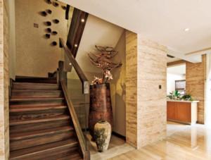 风格万变的地中海风格室内楼梯装修效果图