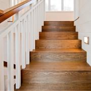 极致经典的复式楼欧式楼梯装修效果图鉴赏