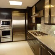 别墅型现代简约不锈钢橱柜装修效果图鉴赏