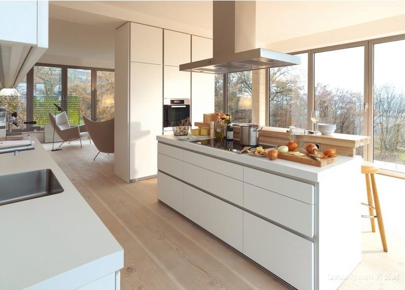 独栋小别墅北欧风格厨房装修效果图