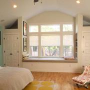 复式楼小卧室清新飘窗设计装修效果图