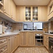 两室一厅U字型厨房展示
