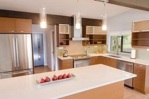现代乡村风小别墅厨房设计装修效果图