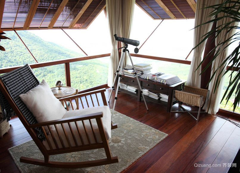 度假别墅东南亚风情小阳台装修图片