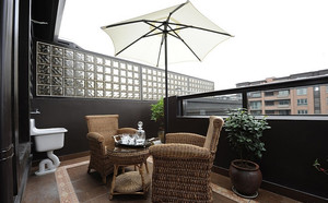 三居室阳台后现代风格装修效果图片