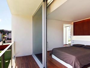 2016北欧风小公寓阳台推拉门装修设计图