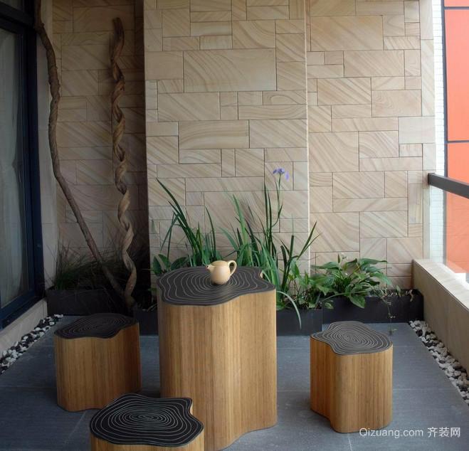 创意十足的阳台茶几装修效果图片