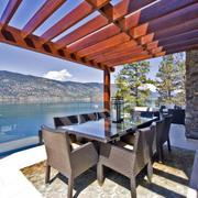 景色优美的别墅后现代风格阳台装修图片