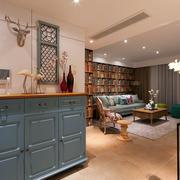 89平米家居古典玄关装修设计效果图