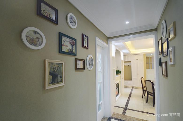 法式三室一厅过道照片墙设计效果图