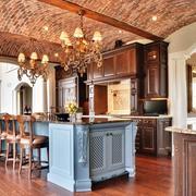 大型别墅厨房复古吊顶装修设计效果图