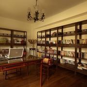 传统复古的18平米书房设计装修效果图
